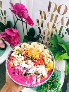 Pink Heaven Smoothie Bowl, recipe included (Health – Lana)
