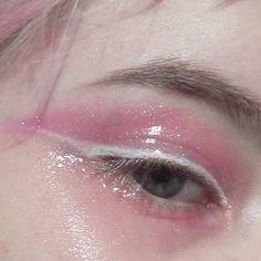 ミ☆ glossy pink eyelids and white eyeliner Makeup Inspo, Makeup Art, Makeup Inspiration, Makeup Tips, Beauty Makeup, Hair Makeup, Makeup Geek, Makeup Ideas, Make Up Looks