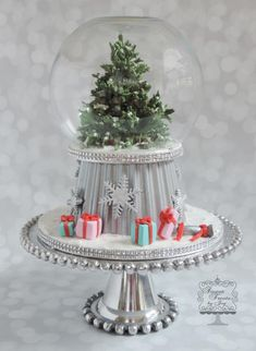 Christmas Snow Globe - Cake by Joy Thompson at Sweet Treats by Joy