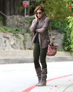 Eva Mendes street style with cardigan sweater