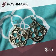 Kendra Scott Dawn Medallion Logo Gold Earrings Vintage Retired earrings comes with dust bag Kendra Scott Jewelry Earrings