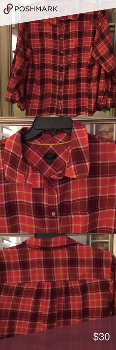 🆕🎉🎉SHIRT🎉🎉🆕 🎀🎀Casual shirt.  Bold plaid and colorful. Long sleeves with button cuff. 🎀🎀.  Would be a welcomed addition to your wardrobe 😍😍. Looks great with jeans or slacks‼️. Fabric is 100% cotton no stretch. 📢📢 size is Talbots 2xp📢📢. 🌷🌷thank you for visiting my closet 🌷🌷 Talbots Tops Button Down Shirts