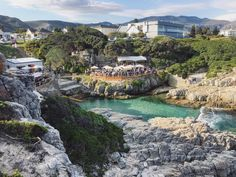 6 things to do in and around Hermanus in Summer Family Destinations, Adventure Activities, Seaside Towns, Whale Watching, Nature Reserve, Sandy Beaches, Beach Fun, Heritage Site, Day Trip