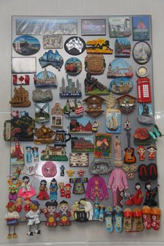 Printing Videos Ring Products To Make Fridge Magnets Pictures Code: 4676670570 Easy Craft Projects, Craft Work, Diy Crafts, Christmas Decorations To Make, Christmas Diy, Money Frame, Souvenir Display, Travel Wall Decor, Travel Souvenirs