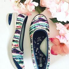 Bigley Shoes and Clothing ( Spring Shoes, Shoes Style, Spring Fashion, Ootd, Comfy, Bright, Trends, Photo And Video, Detail