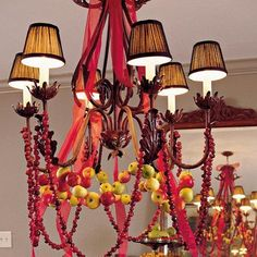 Christmas-Chandelier-Decorations-for-2012_08
