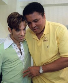 Muhammad Ali was an icon to many people including one awestruck Prince. The former heavyweight champion passed away last Friday at the age of A video shows Prince, who. Muhammad Ali, Mike Tyson, Black Is Beautiful, Beautiful People, Amazing People, New School Hip Hop, Black History Facts, Roger Nelson, Prince Rogers Nelson