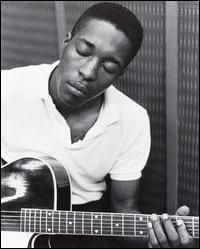 """Buddy Guy playing on """"Muddy Waters Folk Singer"""" session"""