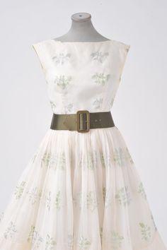 vintage 50's embroidered floral silk tea length wedding dress $185