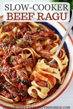Hearty slow-cooker Italian beef ragu in tomato sauce with peppers, onions, and garlic. Easy enough for a weeknight and special enough for a Sunday supper! Beef Ragu Slow Cooker, Slow Cooker Italian Beef, Slow Cooker Pasta, Beef Pasta, Italian Cooking, Slow Cooker Bolognese, Italian Crockpot Recipes, Italian Beef Recipe Oven, Crockpot Dishes