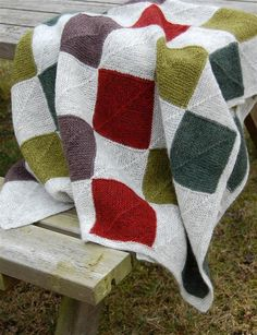 Lille plaid / knæplaid (K) Knitting Designs, Knitting Projects, Knitting Patterns, Baby Blanket Crochet, Crochet Baby, Knit Crochet, Knitting Squares, Mitered Square, Manta Crochet