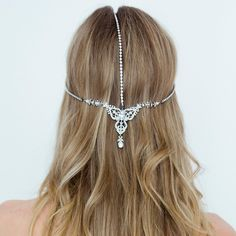 Loving this idea for my hair on the day! <3