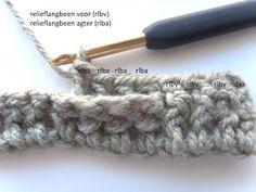 Hekel Idees: Mandjieweef Steek / Basketweave Stitch Afrikaans, Basket Weaving, Fingerless Gloves, Arm Warmers, Crochet Patterns, Stitch, Crafts, Bag, Fingerless Mitts