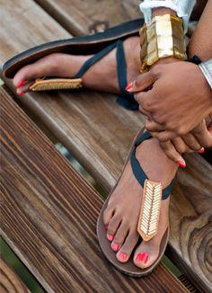 Super cool tie sandals (Fresh Gypsy)