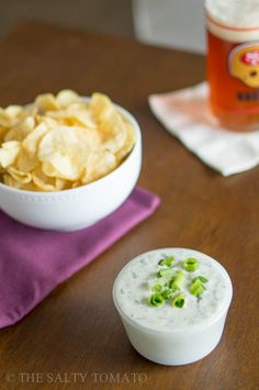 The Salty Tomato | Vegan Sour Cream and Onion Dip | http://the-salty-tomato.com