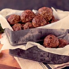 Fluted with piquillos and chorizo - Clean Eating Snacks Mince Recipes, Snack Recipes, Cooking Recipes, Meatball Recipes, Yummy Recipes, Recipies, Kos, South African Recipes, Savoury Baking