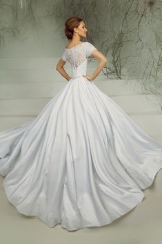 Unique Wedding Dress Collections For Your Personal Inspirations Right Now! Stop By Our Website To Enjoy Our Fantastic Wedding Dress Pictures.