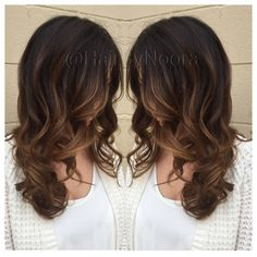 Light golden brown Balayage sombre hair painting Sunkissed blonde Caramel light golden brown hi Lites ombré sombre Balayage wavy layer hair style