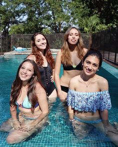 Bellas con siempre ... Las quiero Ganesh, Bff, Singers, Bikinis, Swimwear, Crushes, Idol, Relationship, Models