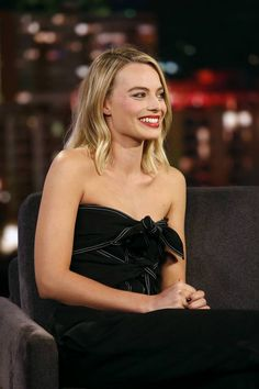 Margot Robbie Reveals The Line in 'I, Tonya' That Real-Life Tonya Harding Wished She Said! Atriz Margot Robbie, Margot Elise Robbie, Margo Robbie, Actress Margot Robbie, Margot Robbie Harley Quinn, Margaret Robbie, Hollywood Celebrities, Hollywood Actresses, Actors & Actresses