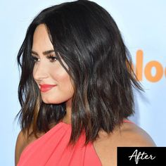 - At the 2017 Kids' Choice Awards, Demi debuted a brand new wavy lob on the red carpet.