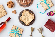 Happy Passover Images Passover Wishes, Passover Holiday, Happy Passover Images, Happy Pesach, Jews For Jesus, Fish Patties, Photos For Facebook, Happy Easter, Iphone Wallpaper