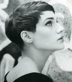 Pretty and retro short hair. So very Vidal Sassoon. #pixie #shorthair
