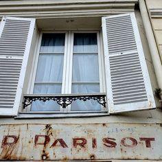 R. Parisot