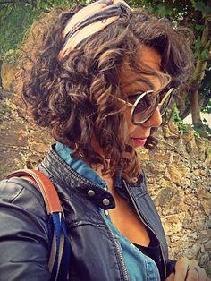 Natural curly bob hair ❤️ Natália Cassilo. Instagram: @natycassilo