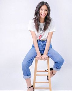 Ylona Garcia, Summer Time, Mom Jeans, Pants, Fashion, Trouser Pants, Moda, Trousers, Daylight Savings Time