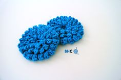 Crochet the popcorn stitch flower to embellish your current project or make it the focus of your next project. Free pattern and video tutorial from B.hooked