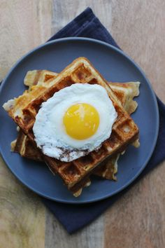 Cheddar and Bacon Waffle with Egg