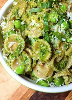 Lemon Pesto Pasta with Peas--id probably leave out the peas.