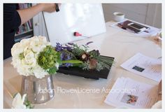 JFLA Artificial Flower Diploma Class.アーティフィシャルフラワー認定資格のレッスン風景♡マンツーマンで細かく指導していきます。