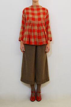 Daniela Gregis rouge shirt