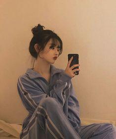 Korean Girl Photo, Korean Girl Fashion, Cute Korean Girl, Asian Girl, Cute Makeup, Makeup Looks, Korean Outfit Street Styles, Girl With Pink Hair, Ulzzang Makeup