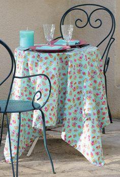 """Nappe enduite """"Champêtre"""" céladon par Valdrôme.  Coated tablecloth """"Champêtre"""" celadon by Valdrôme"""