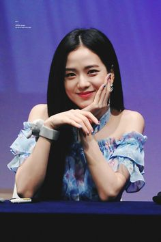 Kpop Girl Groups, Korean Girl Groups, Kpop Girls, Divas, Blackpink Jisoo, Kim Jennie, Yg Entertainment, Blackpink Twice, Blackpink Photos
