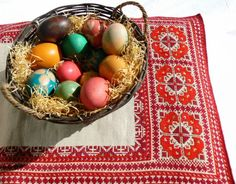 Easter Gifts Under 10 Dollars Easter Gift, Happy Easter, Poland Food, Serbia And Montenegro, Montessori Art, Kids Study, Easter Traditions, Gifts Under 10, Bulgarian