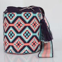 """New Cheap Bags. The location where building and construction meets style, beaded crochet is the act of using beads to decorate crocheted products. """"Crochet"""" is derived fro Mochila Crochet, Crochet Tote, Crochet Purses, Bead Crochet, Tapestry Crochet Patterns, Crochet Stitches Patterns, Crochet Designs, Crotchet Bags, Tapestry Bag"""