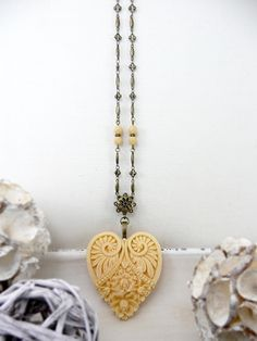 Resin Heart Pendant Necklace, Big Heart Jewelry, Large Heart Necklace, Light Yellow Necklace, Long Necklace, Victorian Jewelry by TriccotraShop on Etsy
