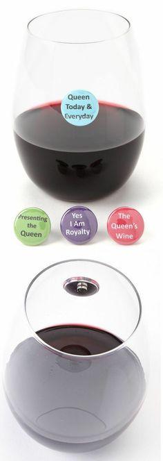 The Queen Wine Charm Set ♥