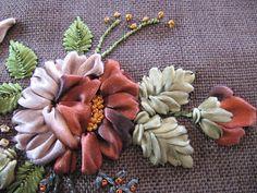 Bordados Esmeralda: bolsos bordados