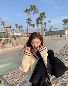 vsco filter fullpack — chaeryoung's itzy If you like this photo, thanks. Don't forget to signify ©® PYEONJHIP 편집 Kpop Girl Groups, Korean Girl Groups, Kpop Girls, Westminster, Le Colorado, Fandom, Grunge Hair, New Girl, Nebraska