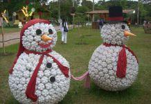 Decoraciones navideñas con botellas de plástico
