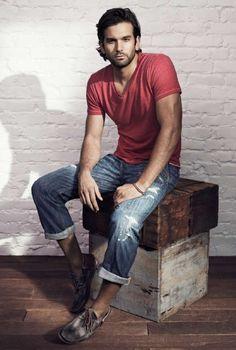 red tee shirt, jeans, bateau shoes