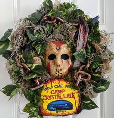 Scary Halloween Decorations, Halloween Trees, Halloween House, Holidays Halloween, Halloween Fun, Diy Halloween Wreaths, Dollar Tree Halloween Decor, Halloween Projects, Horror Crafts