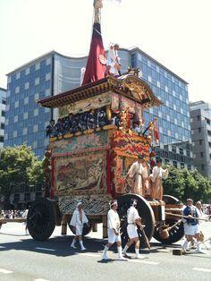 祇園祭の山鉾 GION