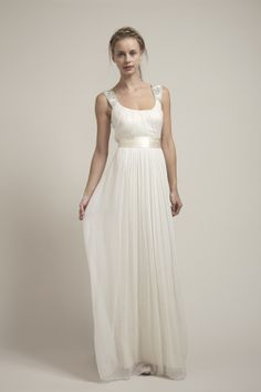 Clean and simple wedding dress. Wish I had worn something like this.