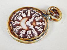 Handmade porcelain pendant . Boho clock bronze and por Majoyoal